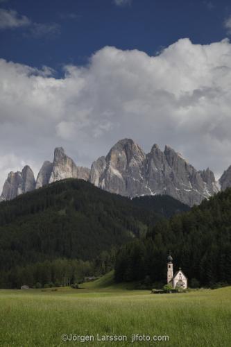 Funes valley Dolomiterna Italien