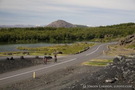 Cyklister vid Mývatn Island