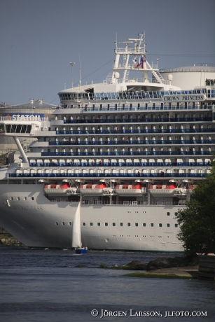 Kryssningsfartyg och Segelbåt Djurgården